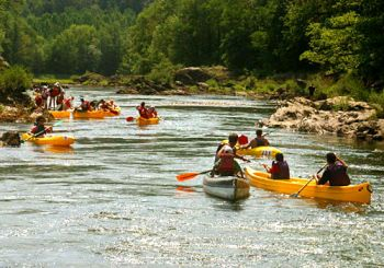 Spływy kajakowe – tani, fajny urlop post thumbnail image